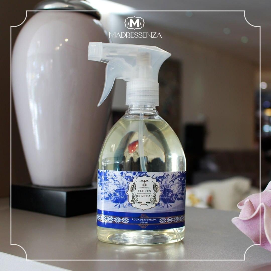 aguaperfumada flores brancas madressenza b casa cafe e mel