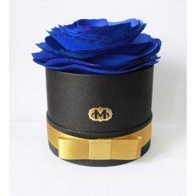 flor na caixa azul madressenza 1 casa cafe e mel