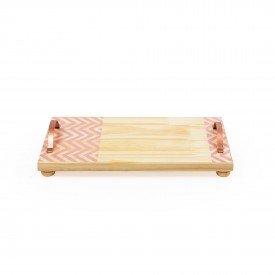 bandeja em madeira e alca de ferro media zig zag rosa 18845r decor glass casa cafe e mel