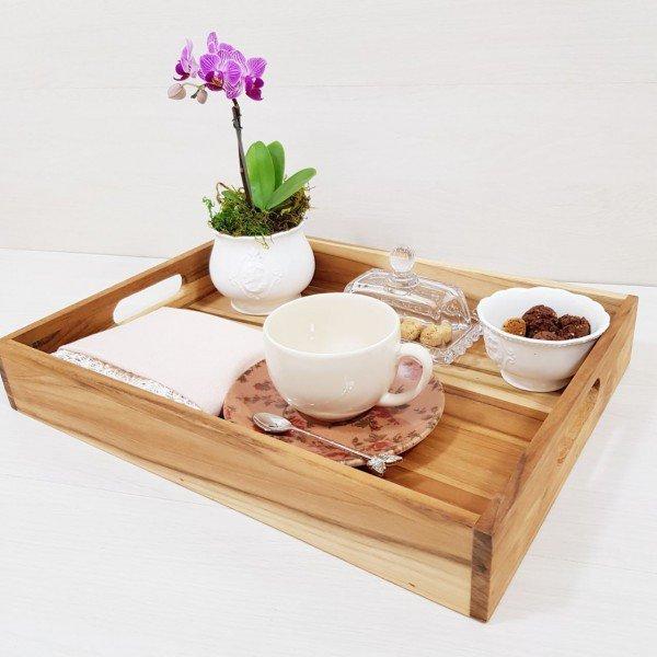bandeja de madeira teca pequena 39 5x29cm stolf casa cafe e mel