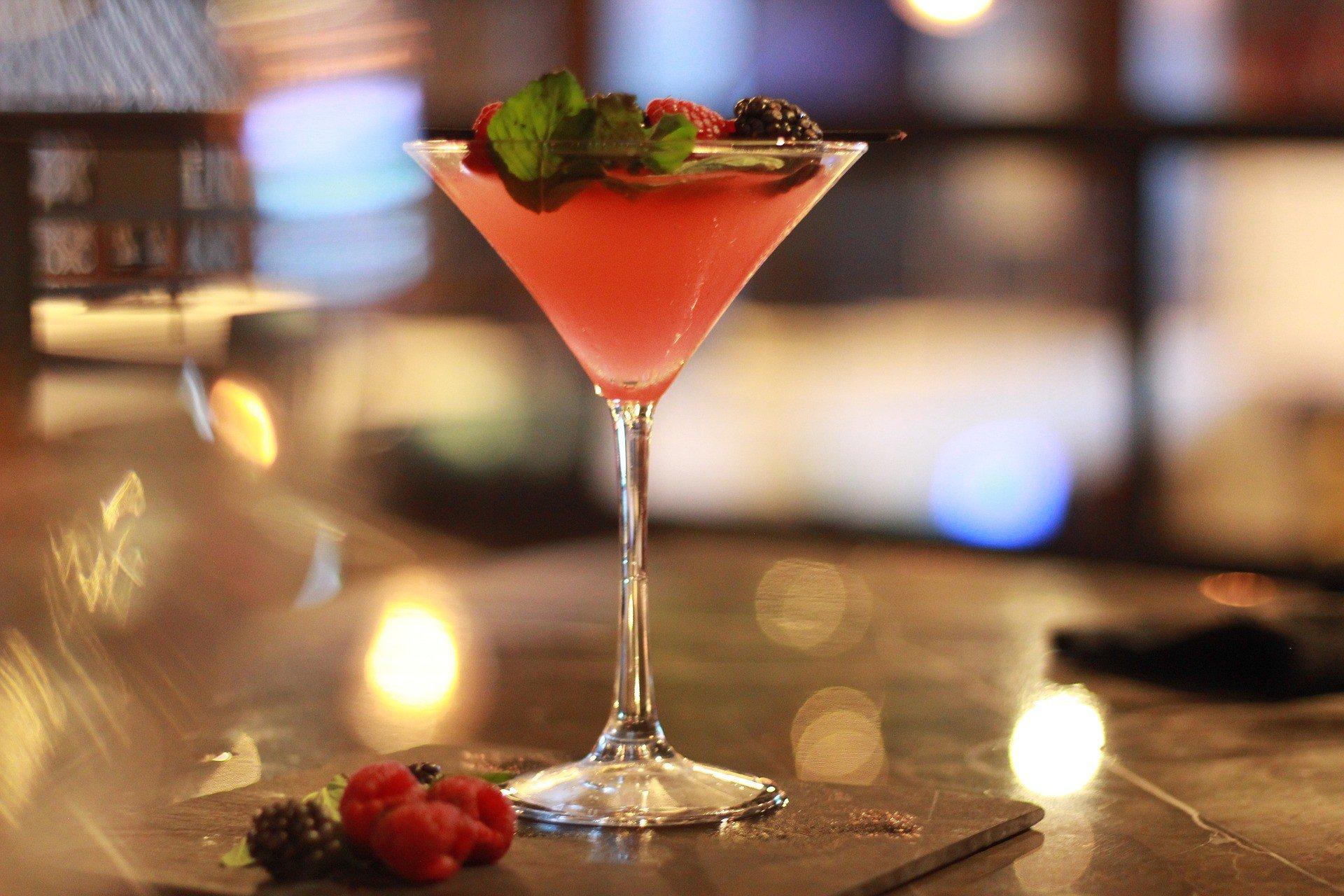 martini 4828247 1920