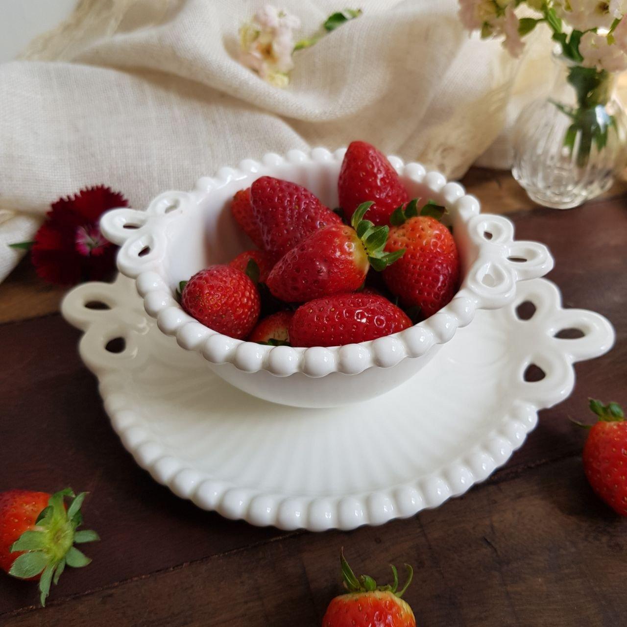bowl pestisqueira ceramica bolinha com alca branco casa cafe e mel