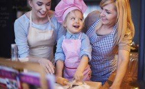 familia cozinhando junta 329181 8905