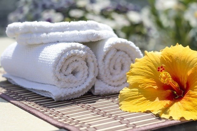 towel 2608073 640
