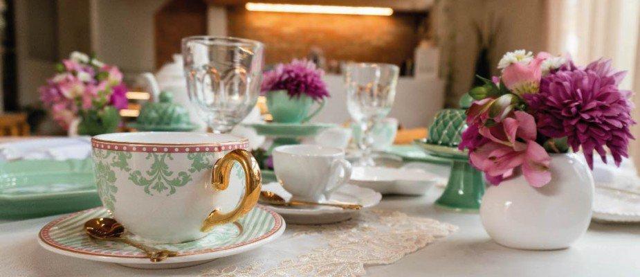 Dicas inspiradoras para montar uma linda mesa posta de primavera